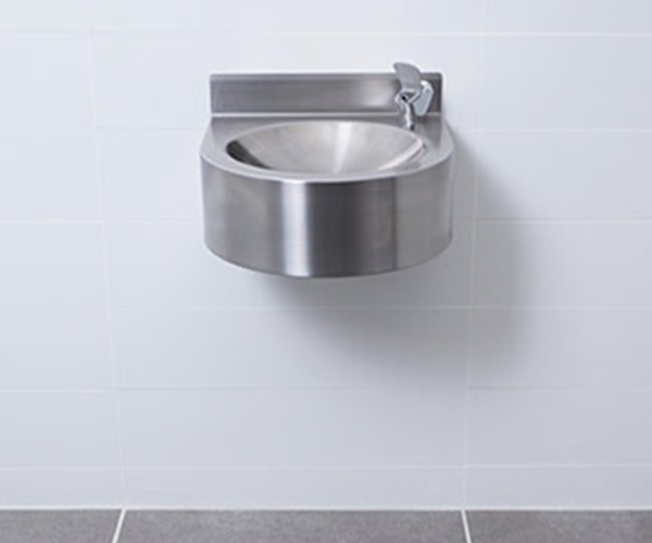 VSS_wall-hung-drinking-fountain-pds-feature
